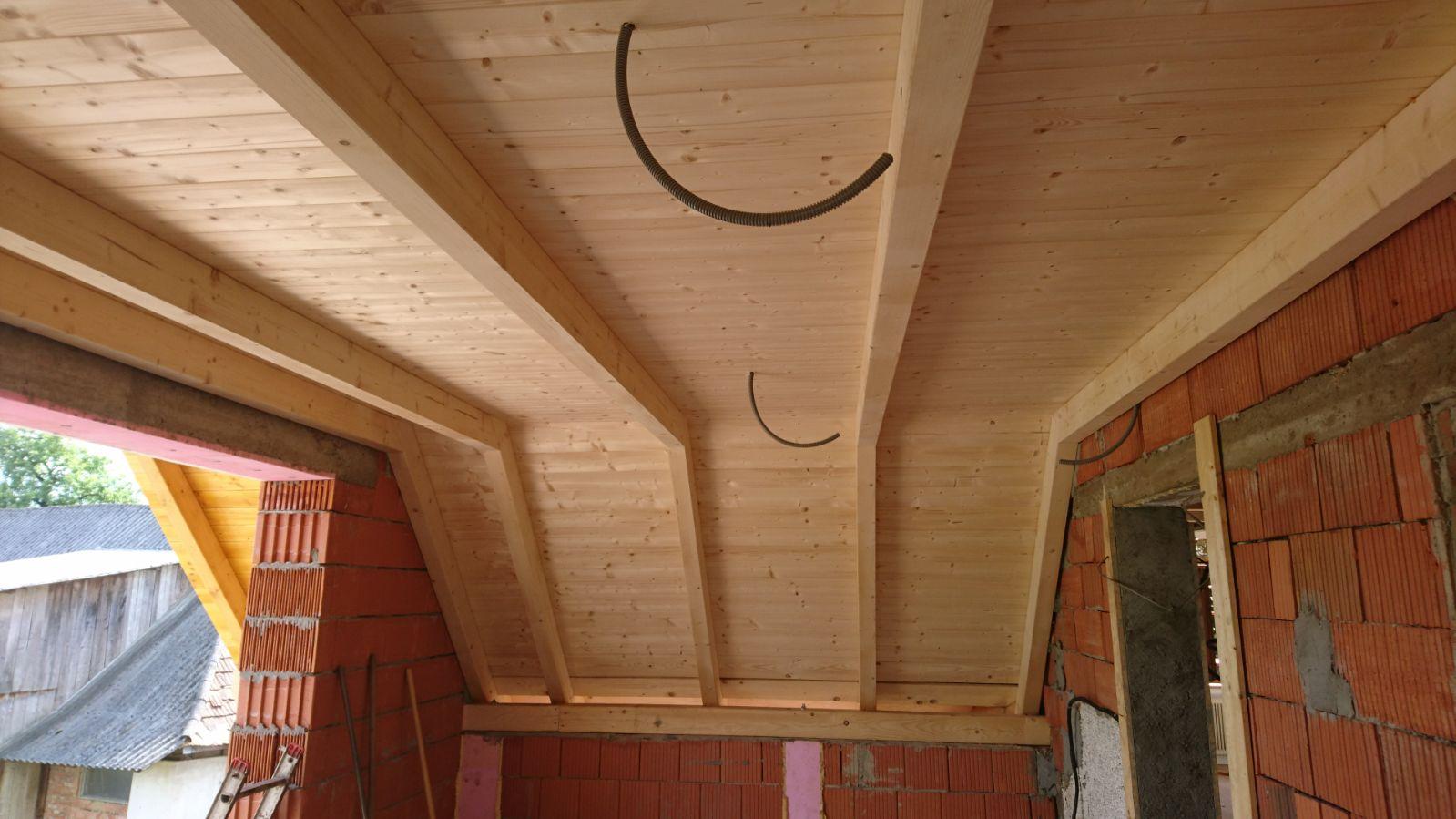 Sichtbare Dachkonstruktion, Holztramdecke